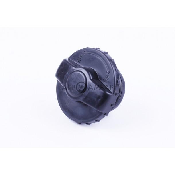 Крышка топливного бака с резьбой (нового образца) (DongFeng 244/240) ( 200.50.011 )