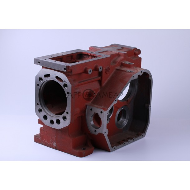 Блок двигателя (картер) (под длинную крышку) крышка правая 9отв., крышка левая 5отв (R195)