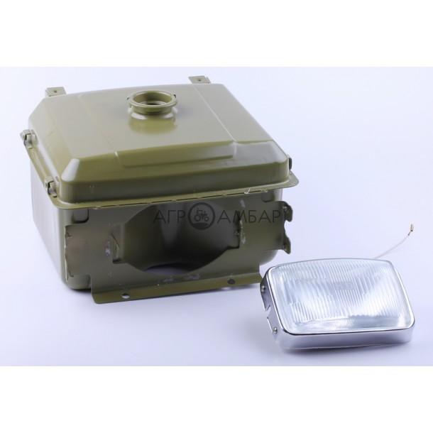Бак топливный + фара выступающая горловина (отверстие под шланг топливный) (R195)